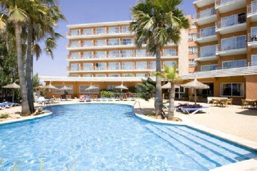 Golden Playa Hotel