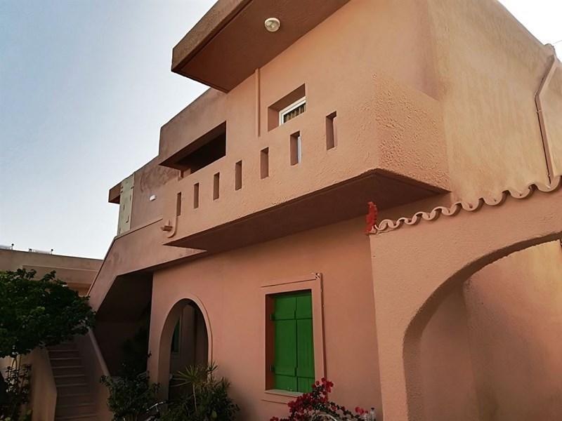 Evina Rooms and Villas